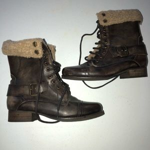 Women's size 40 diba military style ankle boots